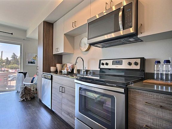 Crew Apartment Rentals Seattle Wa Zillow