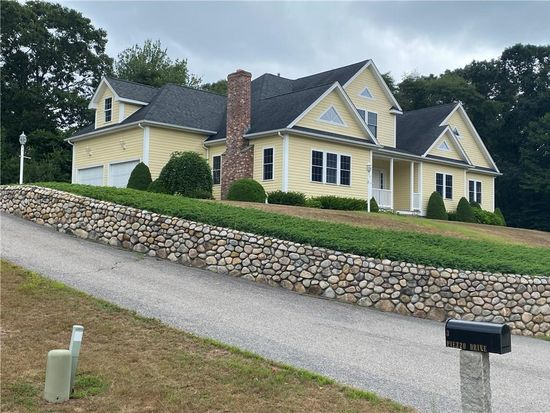 3 Piezzo Dr Westerly Ri 02891 Zillow