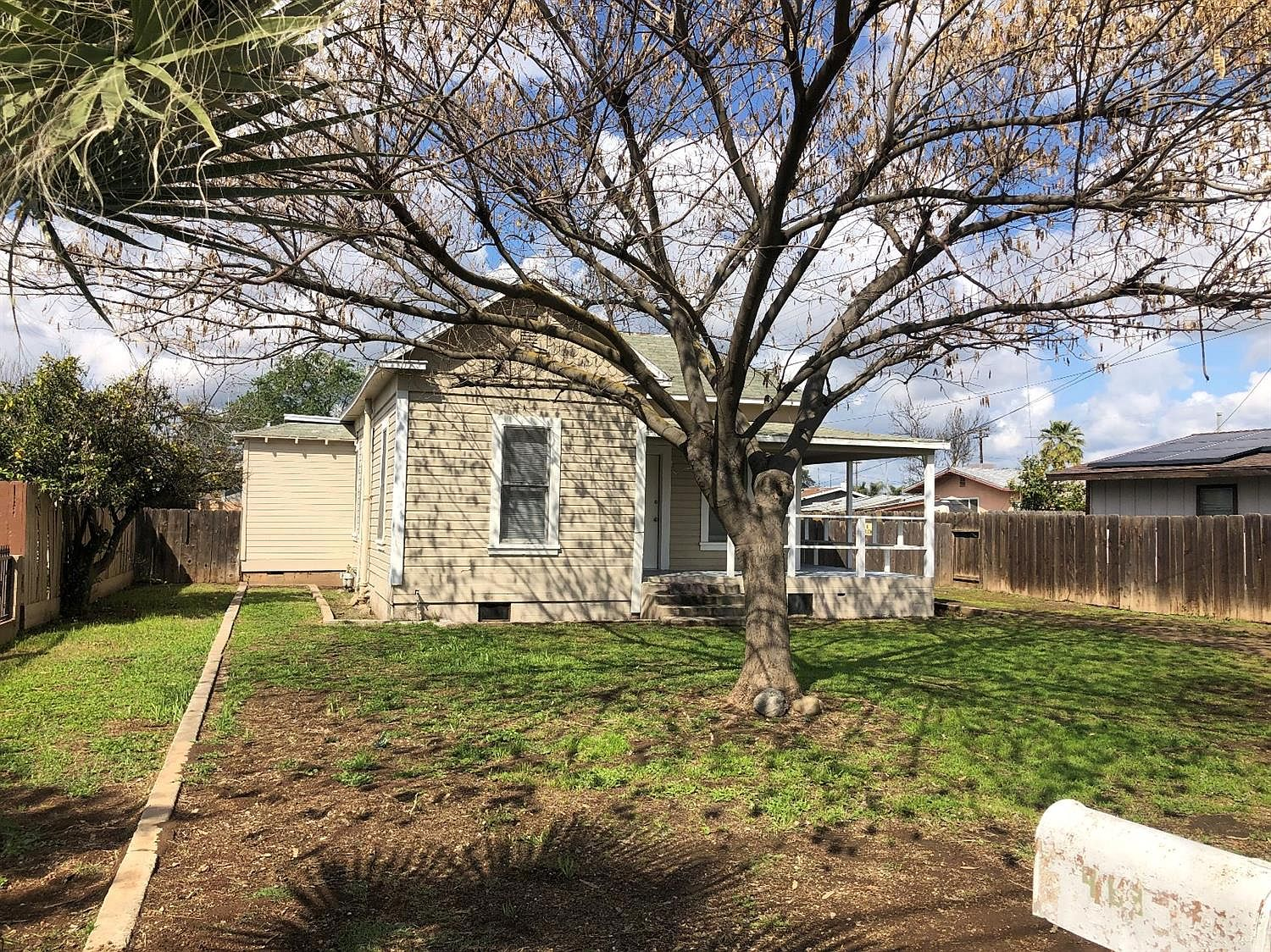 463 N Whitney Ave Dinuba Ca 93618 Zillow