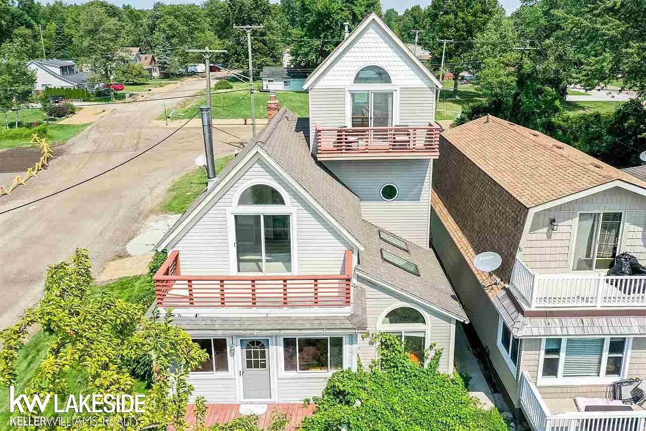 8314 Dixie Hwy Ira Mi 48023 Zillow