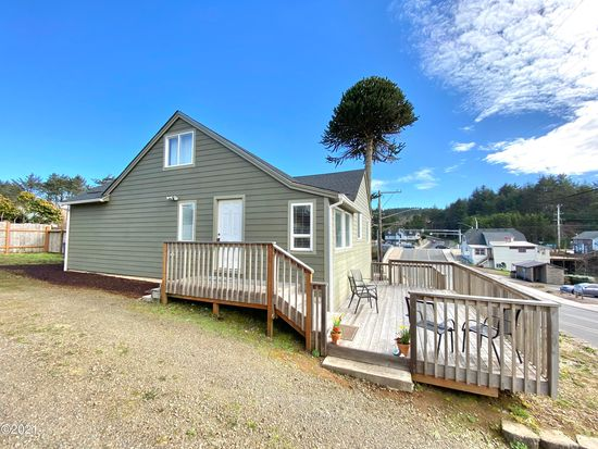 633 Sw 32nd St Lincoln City Or 97367 Zillow