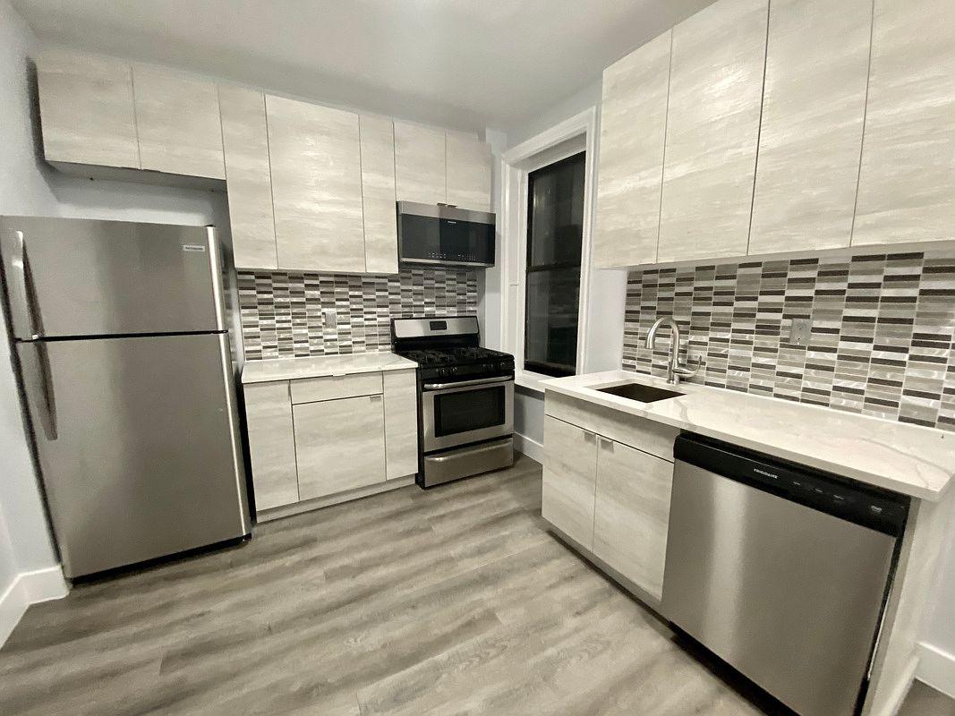 355 Mcdonald Ave Apt B3 Brooklyn Ny 11218 Zillow