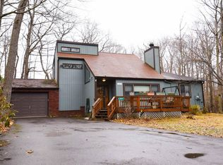 305 Winchester Dr, Tobyhanna, PA 18466   Zillow