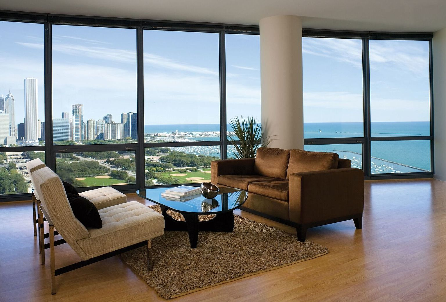 Sky55 Apartment Rentals Chicago Il Zillow