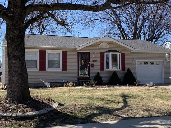 12147 Fleetwood Pl, Maryland Heights, MO 63043 | Zillow