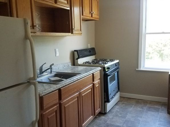 3 Bedroom Apartments For Rent In Hartford Ct Zillow