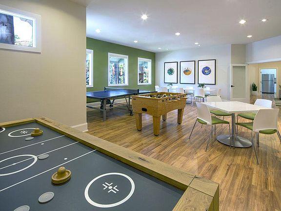 Santa Rosa Apartment Homes Apartment Rentals - Irvine, CA ...