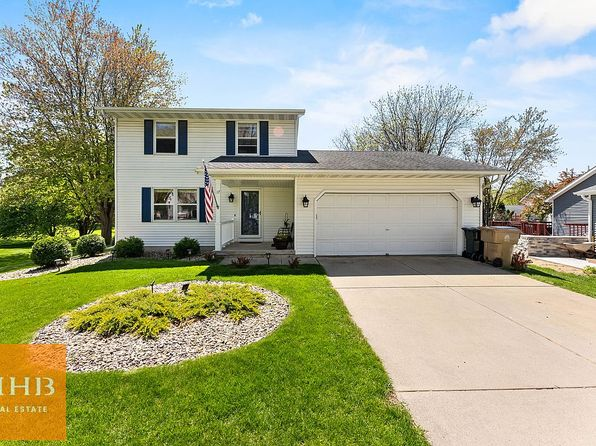 17 Forge Ct, Madison, WI 53716