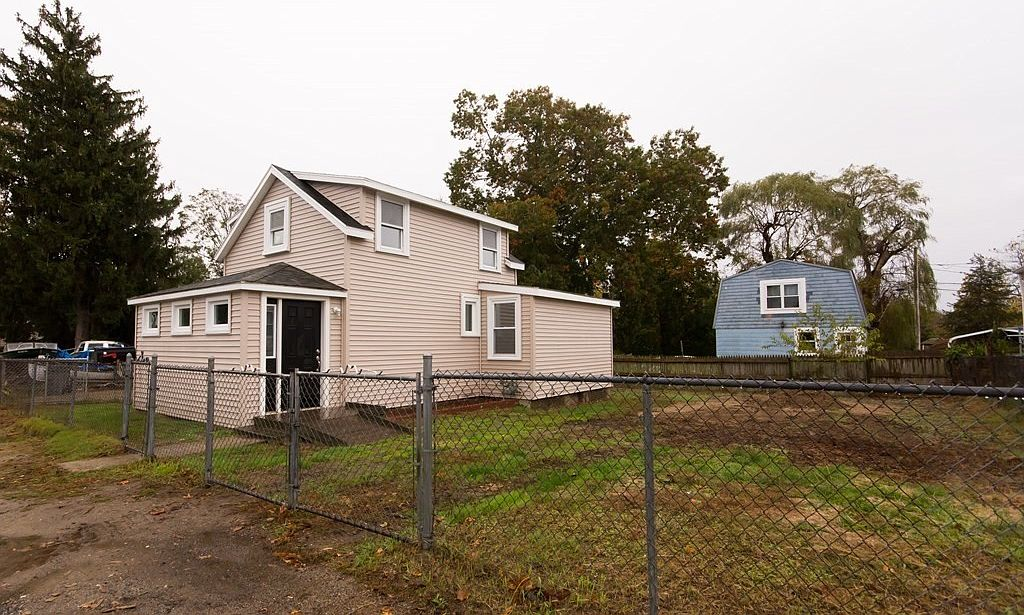 84 Bayview Ave, Swansea, MA 02777   Zillow