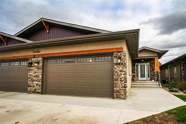 14 outback dr 2 brandon mb r7c 0c2 mls 202011926 zillow zillow