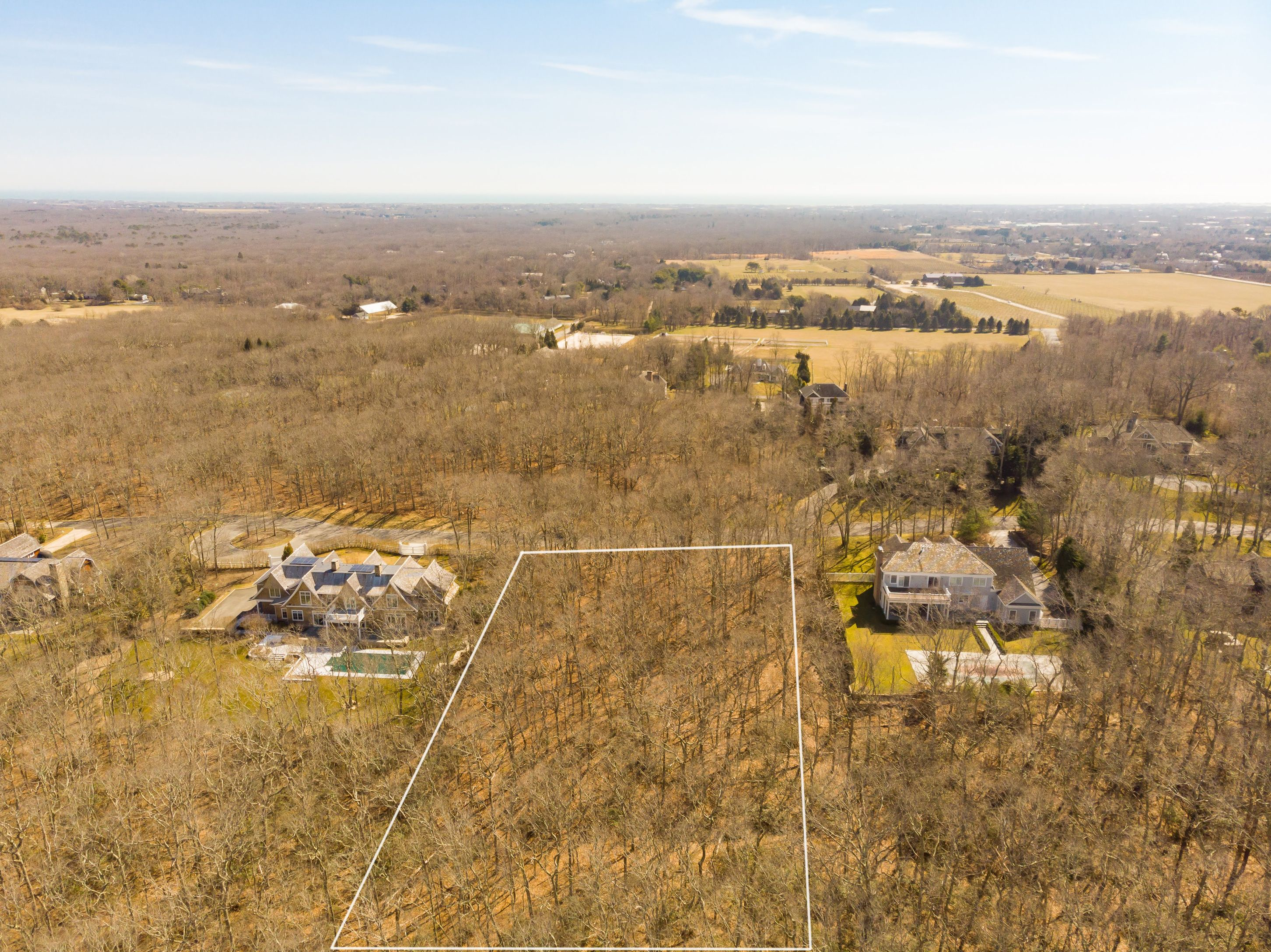 Exceptional land offering just north of Bridghampton village