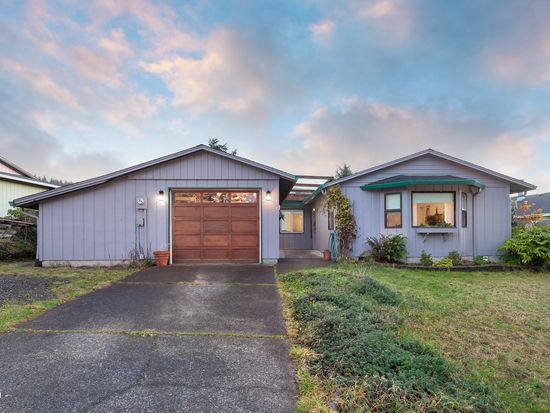 1020 Se Spy Glass Ridge Dr Lincoln City Or 97367 Zillow