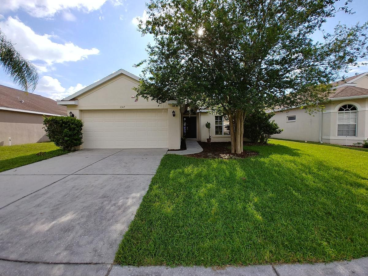 3307 Coconut Grove Rd Land O Lakes Fl 34639 Zillow