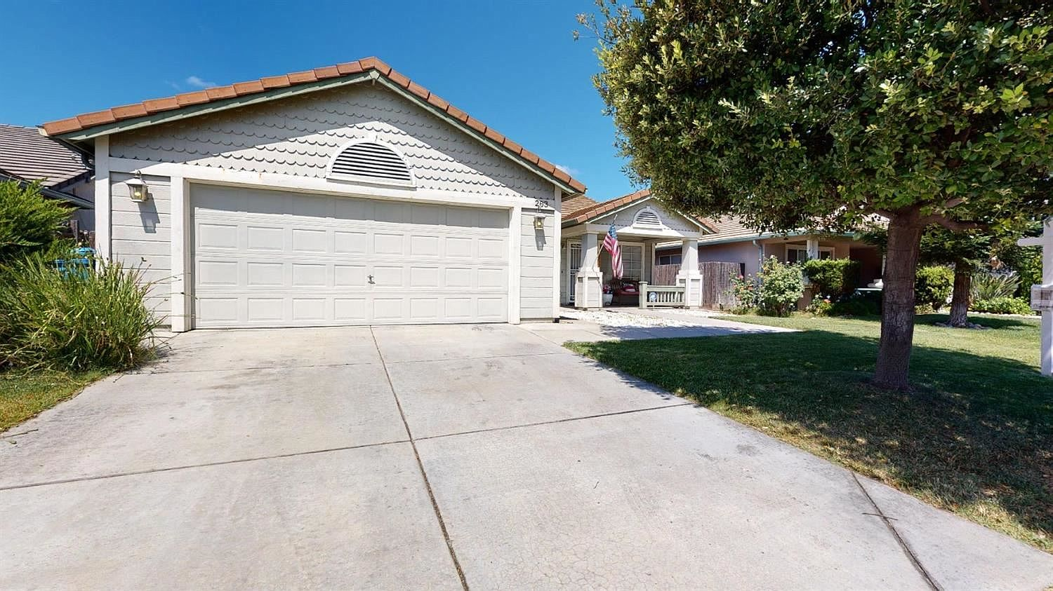 203 Dyer Ave Manteca Ca 95336 Zillow