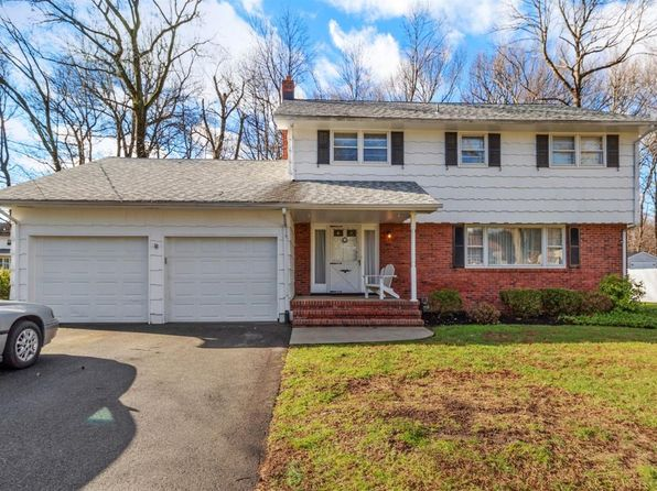 In North Edison Edison Real Estate 47 Homes For Sale Zillow