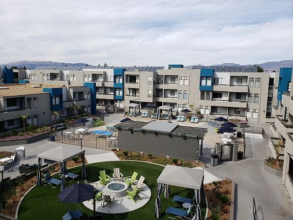 Cielo Apartment Rentals With Virtual Tours Panorama City Ca Zillow