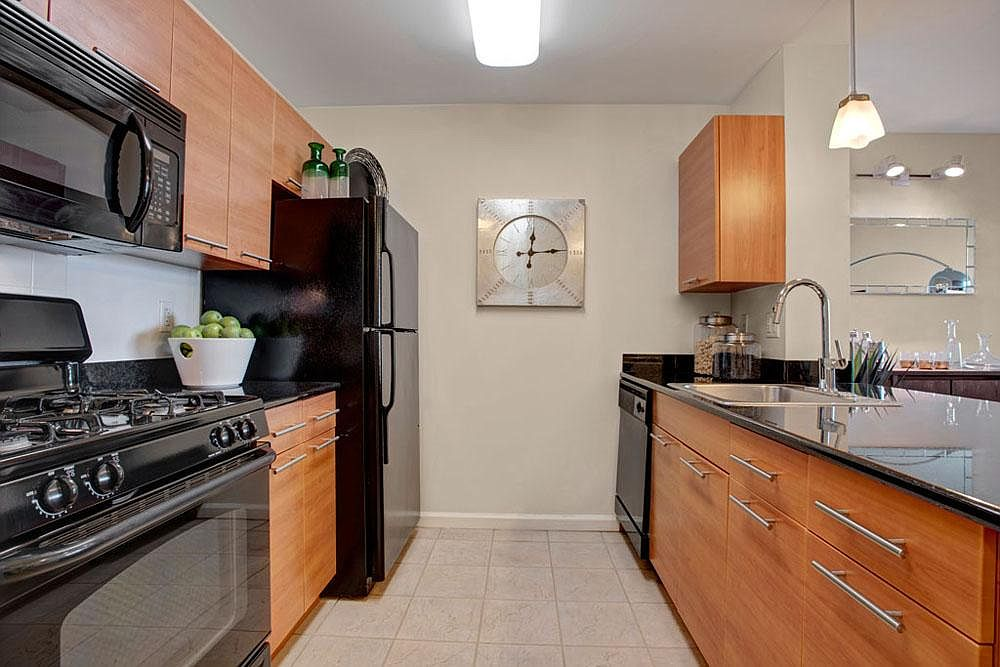 Skyline New Rochelle Apartment Rentals New Rochelle Ny Zillow