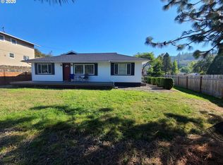 1190 Ne Junker Ave Roseburg Or 97470 Zillow