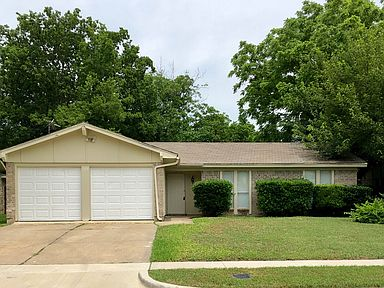 123 Cimarron Ln Arlington Tx 76014 Zillow
