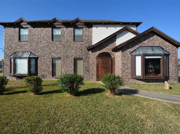 Houston Tx Luxury Homes For Sale 8 971 Homes Zillow