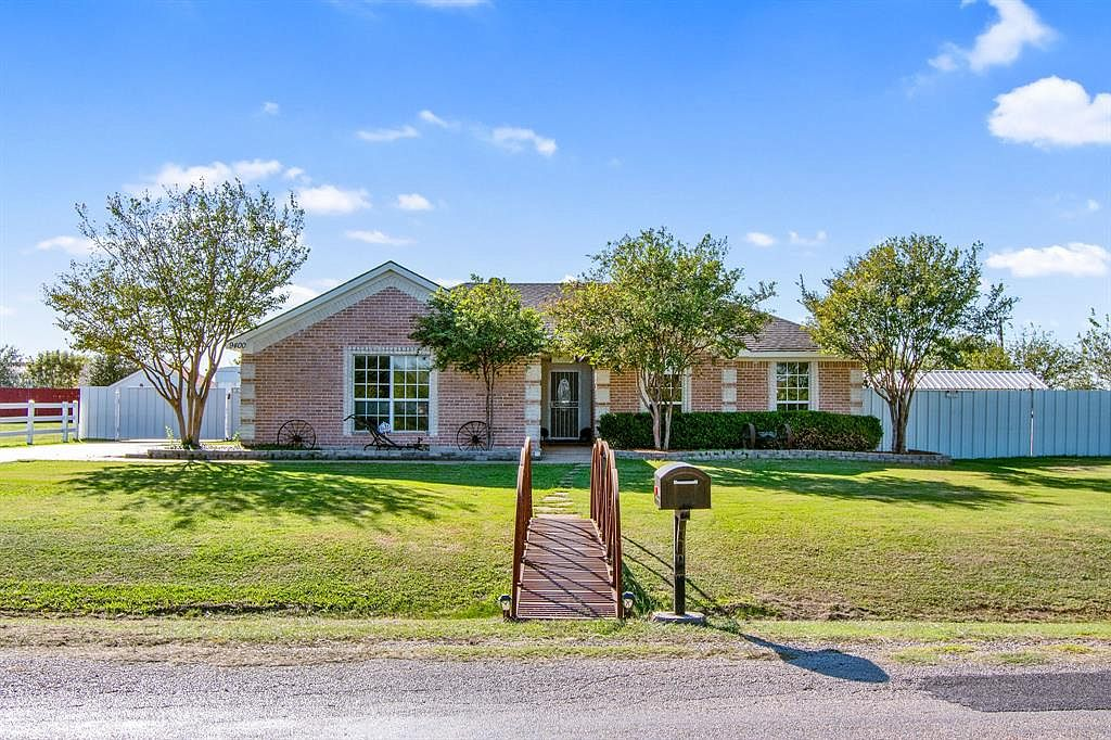 9400 simbra ln crowley tx 76036 zillow 9400 simbra ln crowley tx 76036 zillow