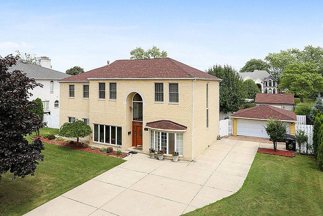 4853 N Vine Ave Norridge Il 60706 Mls 10633768 Zillow