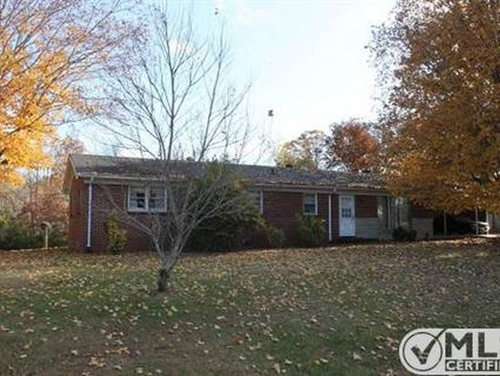 2806 Country Club Dr Centerville Tn 37033 Zillow