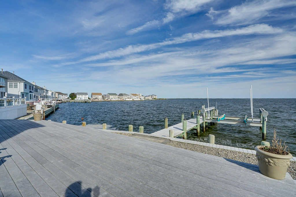 22 Jibsail Dr Bayville Nj 08721 Zillow