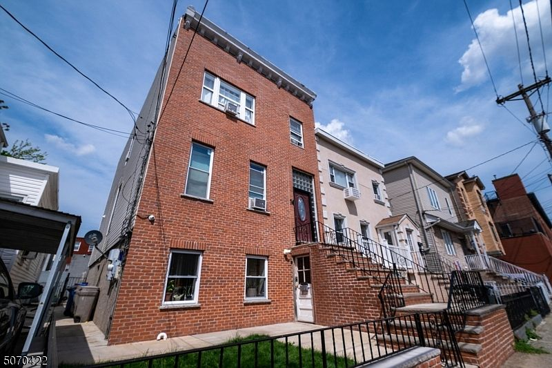 74 Graham St, Jersey City, NJ 07307 | MLS #3711504 | Zillow