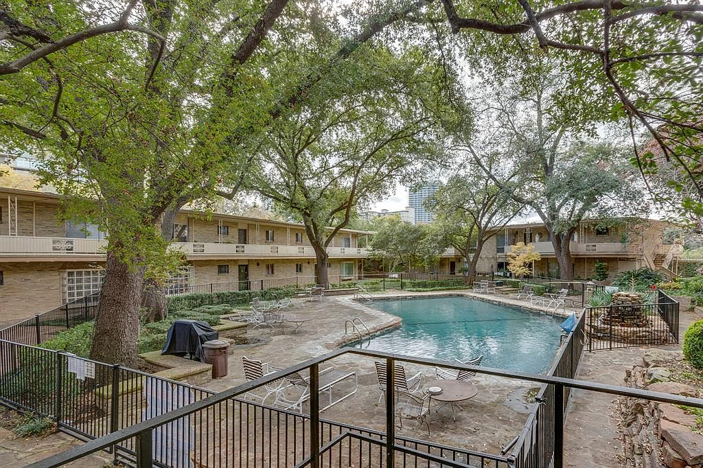 82a1ae557f419bc96d851b18d1f8a065 cc ft 1536 - Turtle Creek Gardens Condos Dallas Tx