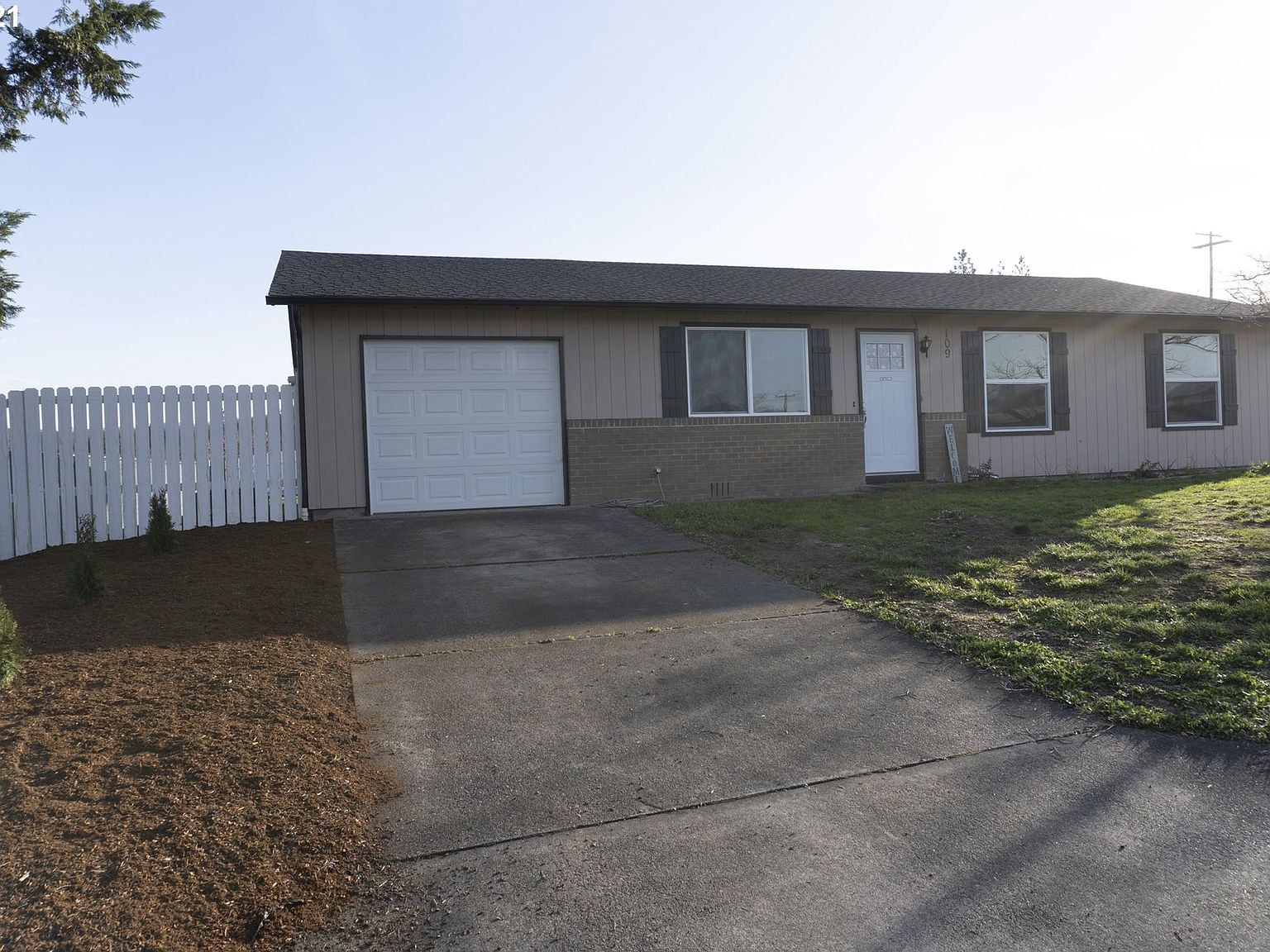 109 Twilight Ave Roseburg Or 97471 Zillow