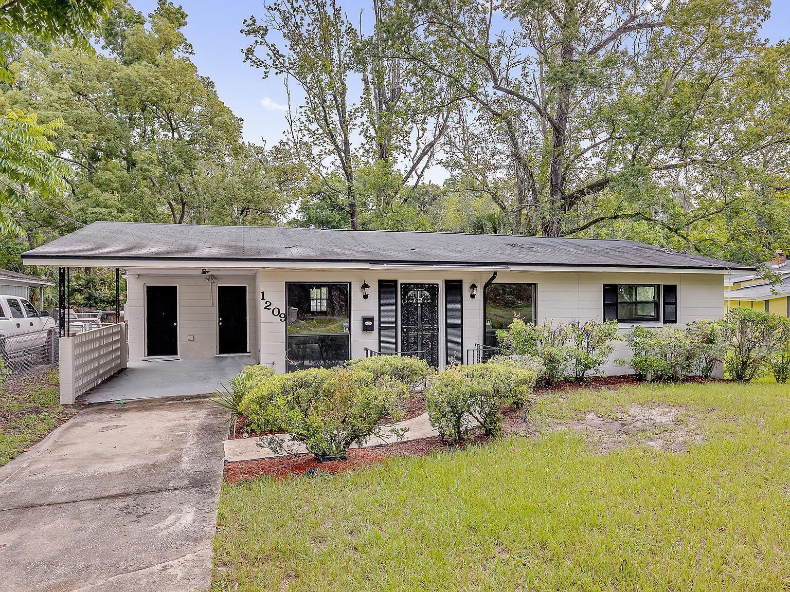 1209 Ribault River Dr Jacksonville Fl 32208 Zillow