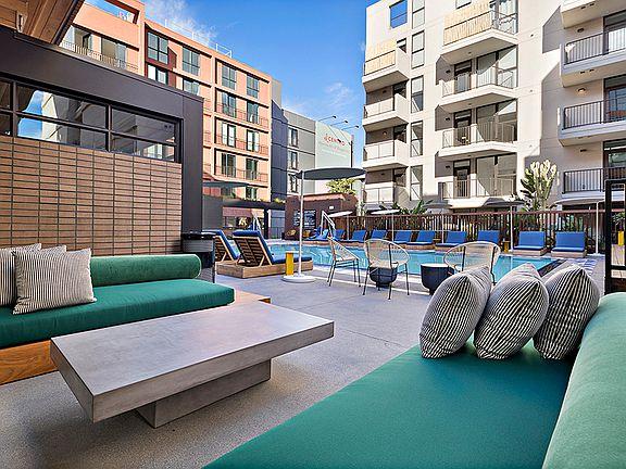 El Centro Apartments Bungalows Apartment Rentals Los Angeles Ca Zillow
