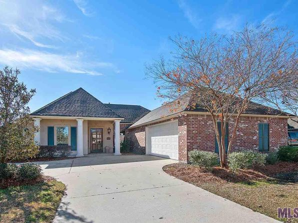 Cathedral Ceiling Prairieville Real Estate 4 Homes For Sale Zillow