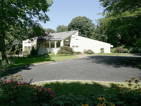 29 Amber Ln Oyster Bay Ny 11771 Zillow
