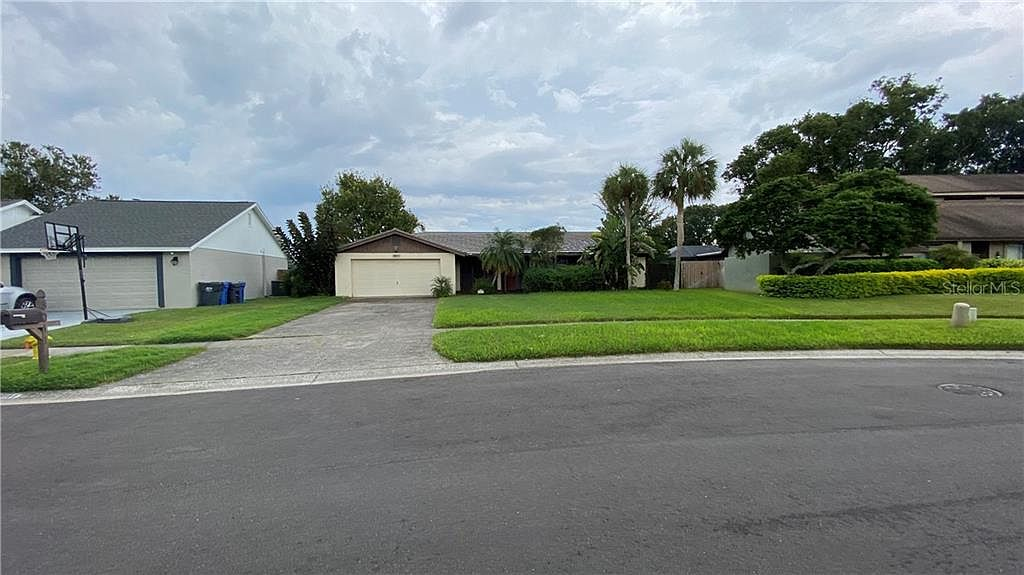 3606 Edna Ct, Tampa, FL 33614