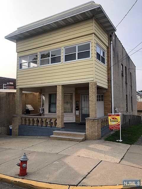 53 Harrison Ave Garfield Nj 07026 Mls 20038145 Zillow