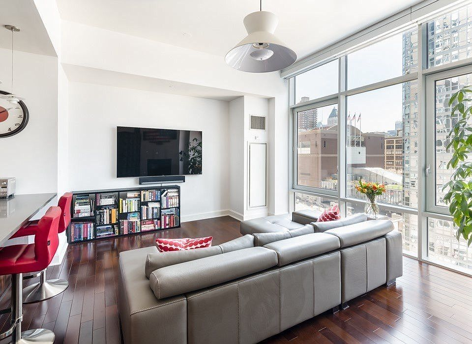 243 W 60th St APT 8C, New York, NY 10023 | MLS #1114811 | Zillow