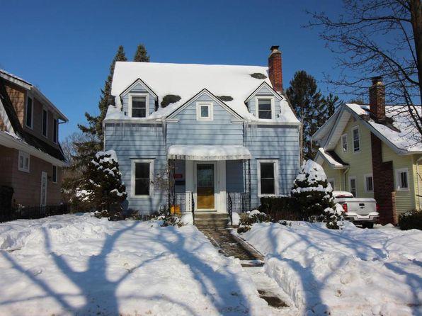 1724 Charlton Ave, Ann Arbor, MI 48103