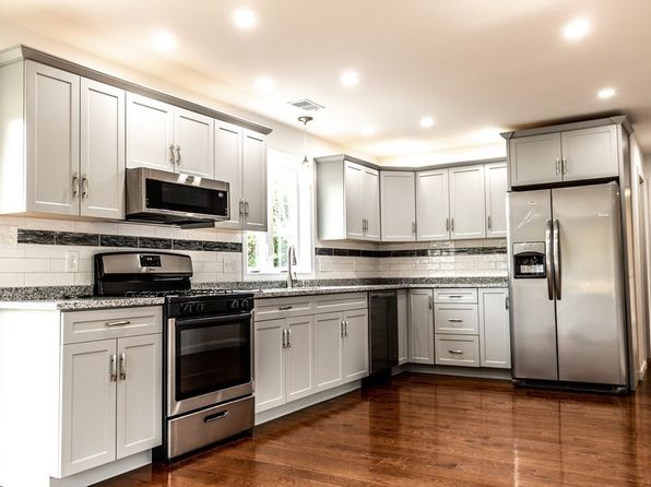 Modern Kitchen Taunton Real Estate 1 Homes For Sale Zillow