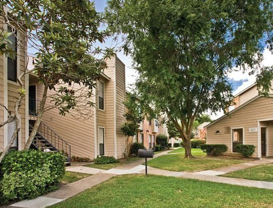 200 E Brazoswood Dr Apt 0203 Clute Tx 77531 Zillow