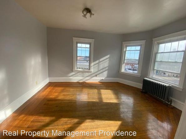 2 Bedroom Apartments For Rent In Central Falls Ri Zillow