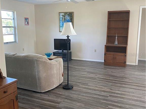 629 Foxwood Blvd, Englewood, FL 34223 | MLS #D6114671 | Zillow