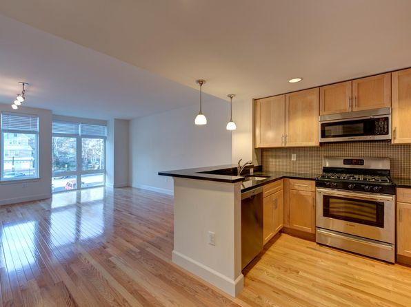 Apartments For Rent In Reading Ma Zillow