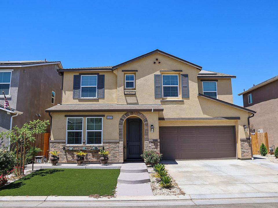 6326 W Donner Ave Fresno Ca 93722 Mls 562883 Zillow