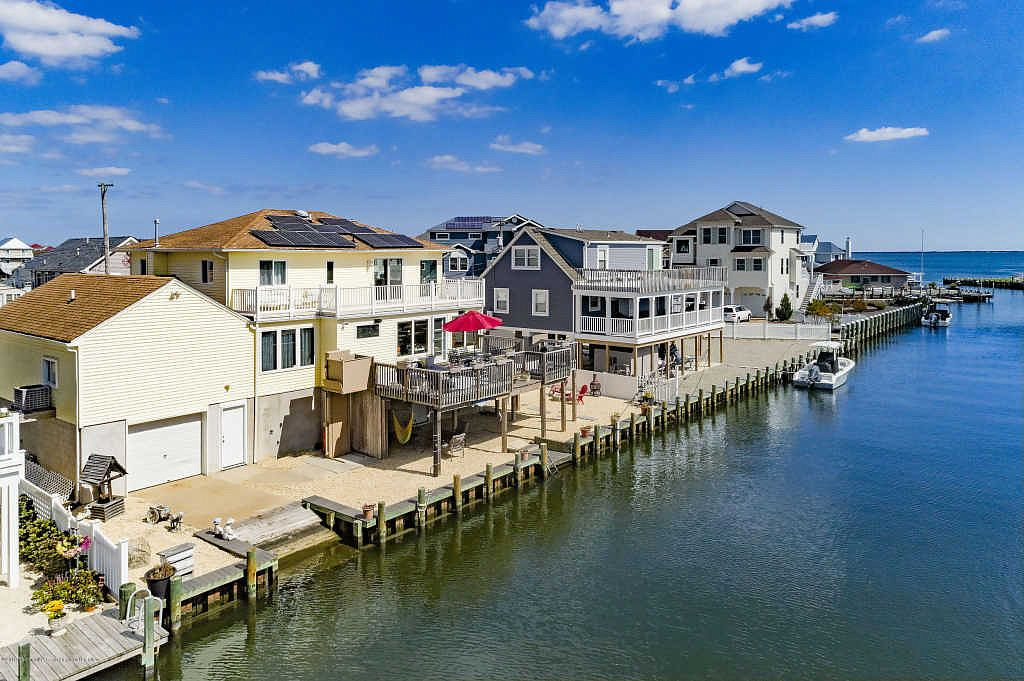 224 Rosewood Dr Bayville Nj 08721 Zillow