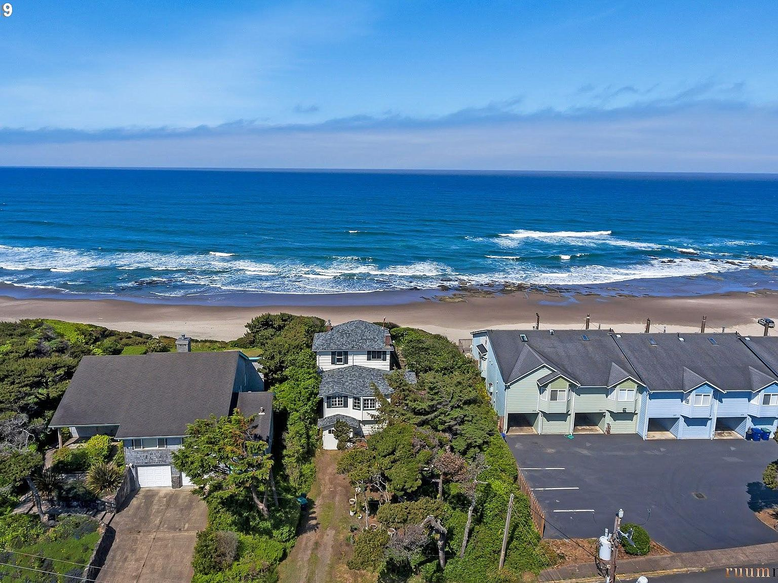 1245 Nw Harbor Ave Lincoln City Or 97367 Zillow
