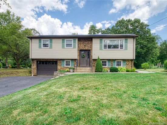 96 Nejako Dr Middletown Ct 06457 Mls 170325992 Zillow