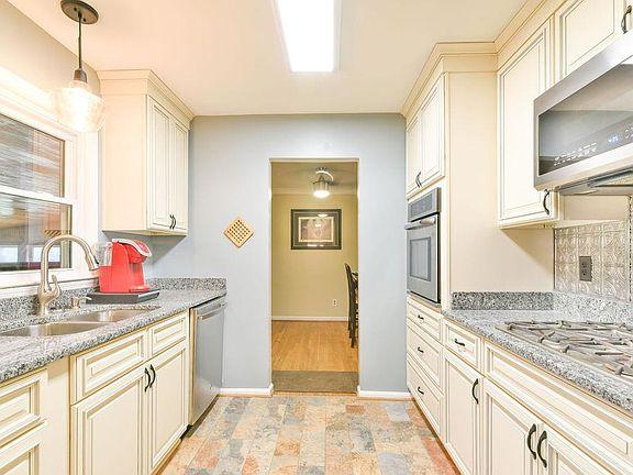 2021 Williamsburg Rd, Lexington, KY 40504 | Zillow