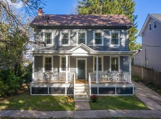 33 Front St Frenchtown Nj 08825 Zillow